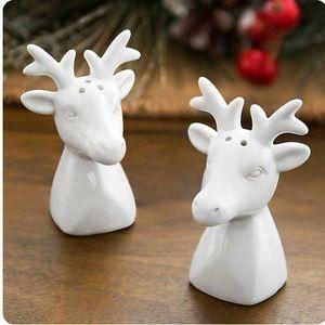 NIB Kirkland's White Reindeer Salt & Pepper Shaker